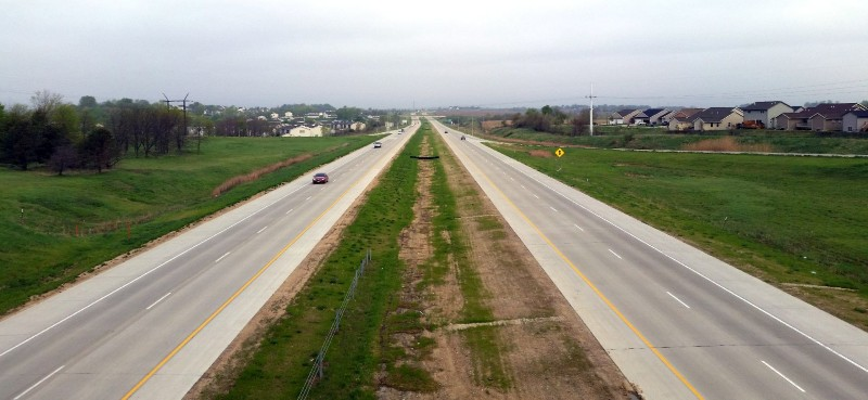 What Makes A Divided Highway Divided Highway