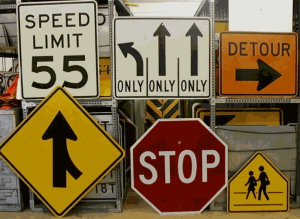 What Are The Benefits Of Renting Traffic Control Signs