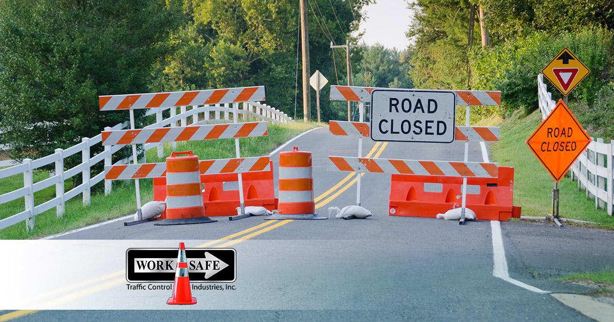 What Are Type I, Ii & Iii Road Barricades