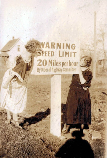 speed-limit-sign-from-1930s